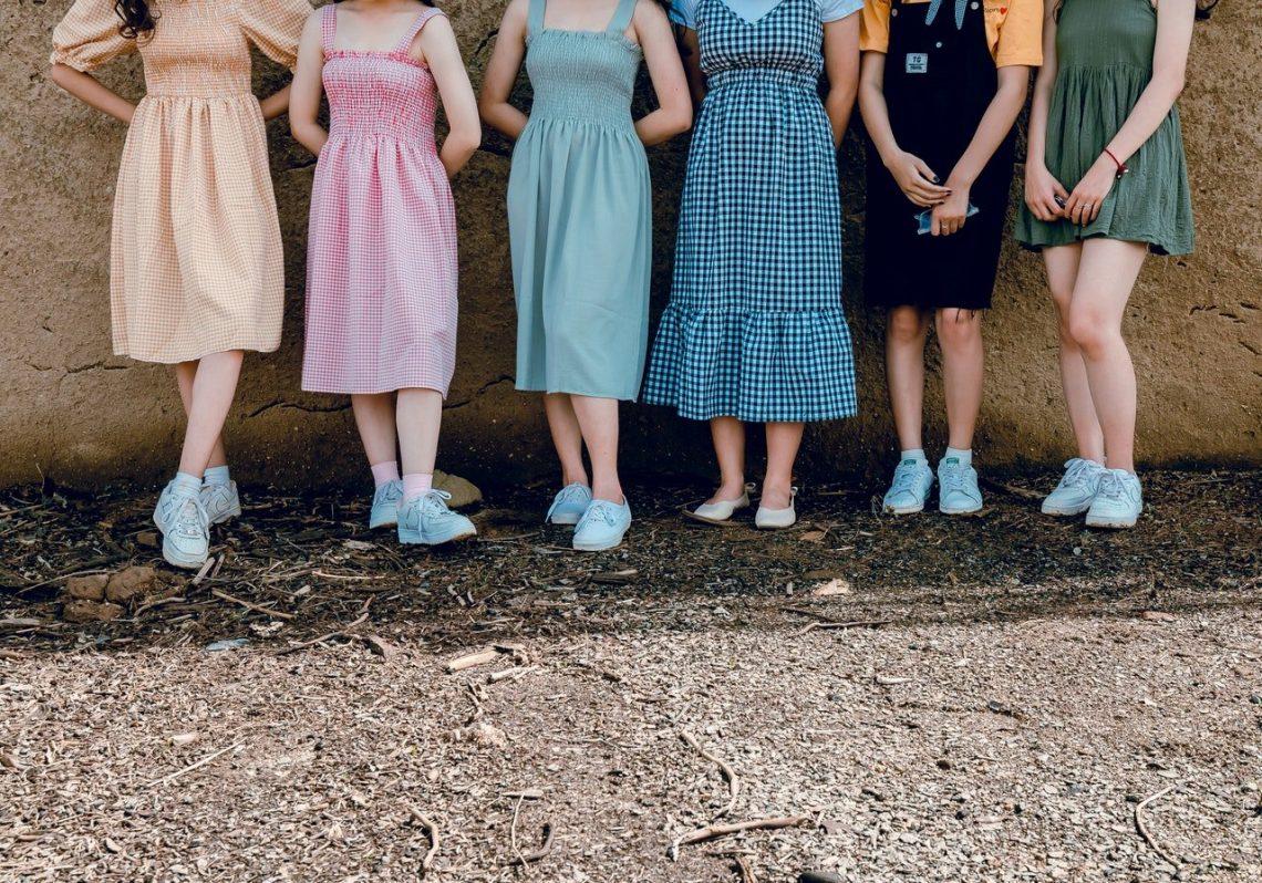 les modèles de robe des années 50 à porter